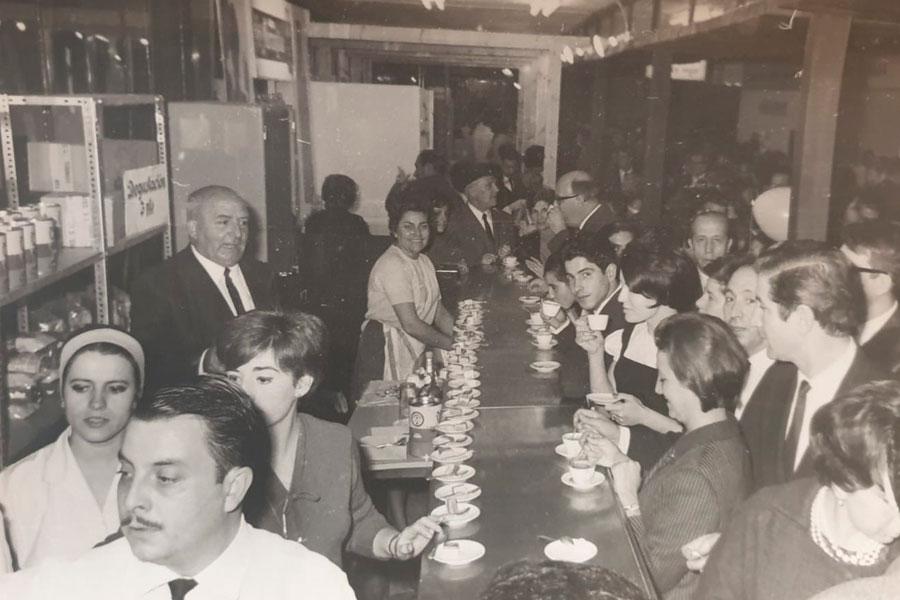 Història de cafés Tomoca